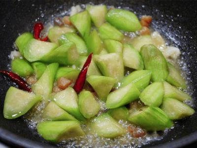 7 Món Canh Chua Dễ Nấu, Nóng Nực Thế Nào Cả Nhà Cũng Không Chán Ăn